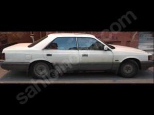 1990 modeli Mazda 929 3.0 Royal Classic
