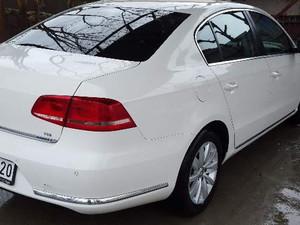 2013 model Volkswagen Passat 1.6 TDi BlueMotion Comfortline