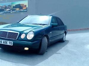 Benzin / LPG Mercedes Benz E 200 Classic