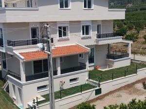 villa Orta Mah. 215 m²