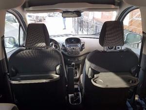 2016 yil Ford Tourneo Courier 1.6 TDCi Titanium