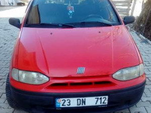1999 yil Fiat Palio 1.4 Weekend