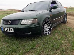 1997 yil Volkswagen Passat 1.8 T Comfortline