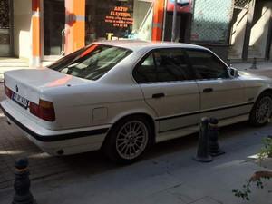 BMW 5 Serisi 520i