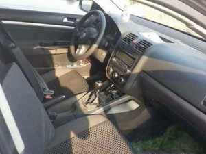 Sedan Volkswagen Jetta 1.6 TDi Trendline