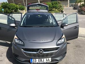 Hatchback Opel Corsa 1.2 Essentia
