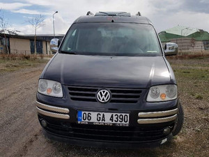 Camlı Van Volkswagen Caddy 1.9 TDI Panel Van