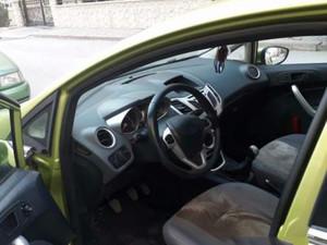 Hatchback Ford Fiesta 1.4 Titanium