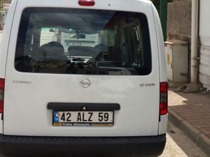 Konya Selçuklu Feritpaşa Mah. Opel Combo 1.7 CDTI