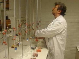 Kiralık Kimyager Diploması