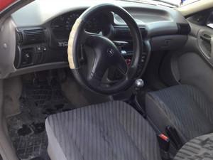 Afyonkarahisar Bolvadin Bahçelievler Mah. Opel Astra 1.4 GL
