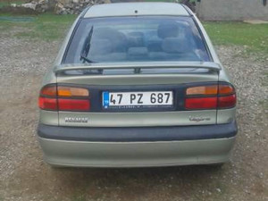 2001 modeli Renault Laguna 1.6 RXE