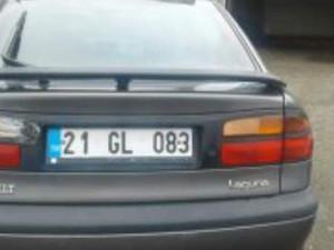 2002 model Renault Laguna 1.6 RXE