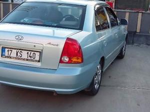 Sedan Hyundai Accent 1.3 Admire