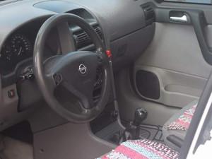 Hatchback Opel Astra 1.6 Comfort