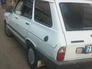 1990 yil Renault R 12 Toros STW