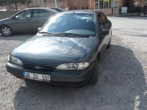 1993 model Ford Mondeo 2.0 GLX