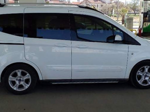 Minivan Ford Tourneo Courier 1.5 TDCi Deluxe