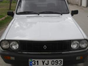 1994 8900 TL Renault R 12 Toros TS