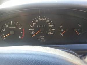 1998 modeli Toyota Carina E 2.0 GLi
