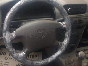 1999 modeli Toyota Corolla 1.3 Terra