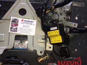 suzuki grand vitara 98-05 2.0 benzinli a/t beyin imboblezır kontak ve şifre set