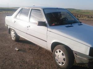 1991 model Renault R 9 Spring
