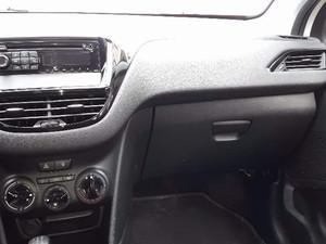 2015 modeli Peugeot 208 1.2 VTi Access