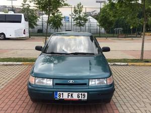1999 modeli Lada Vega 1.5