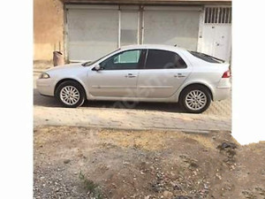 1. sahibinden Renault Laguna 1.6 Privilege