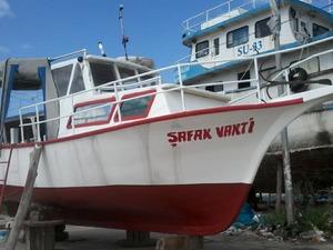 4 yasinda  tekne simdiden hayirli olsun