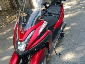 Tertemiz Yamaha Tricity 125, 1900km, Uzun cam+Topcase Hediyeli,İlk gelen alır..