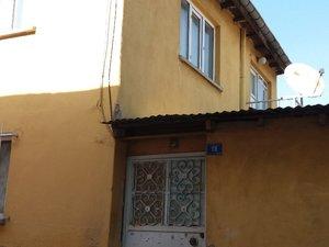 sahibinden satılık 2 katli müstakil avlulu ev