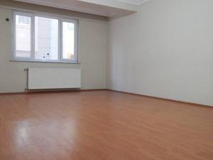 Emlak ofisi satilık 140 m² konut
