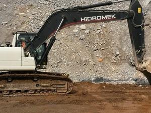 satılık hidromek 220 lc ekskavatör 2013 model