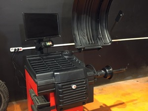Bear Br-250 Otomatik Balans Makinası Vakumlu