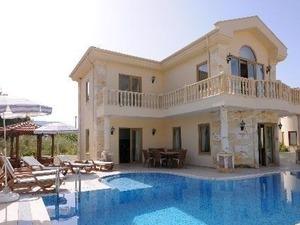 kiralık villa Alaçatı 140 m²