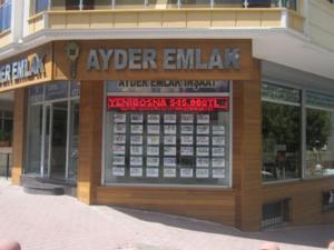 Cumhuriyet Mah. işyeri 90 m²