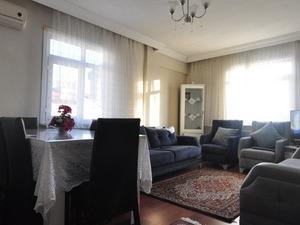İstanbul Bahçelievler cumhuriyet mah de satılık 5. kat daire