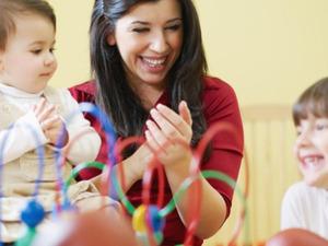 Hür danışmanlık hasta yaşlı ve çocuk bakım hizmetleri